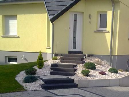 Escalier paysager marche blocs alsace bas rhin for Escalier paysager entree maison